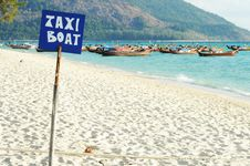 Thai Boat For Tourist And Beautiful Sea Royalty Free Stock Photography