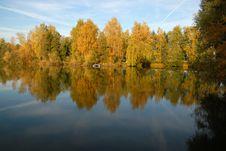 Free Autumn At The Lake Stock Photo - 1420690