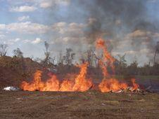 Free Burning Trash Pit Stock Photography - 1422432