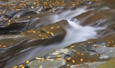 Free Rapids And Rocks Royalty Free Stock Photos - 1423378