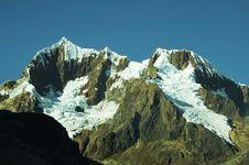 Free Beautiful Mountain Cordillera Royalty Free Stock Image - 1424346