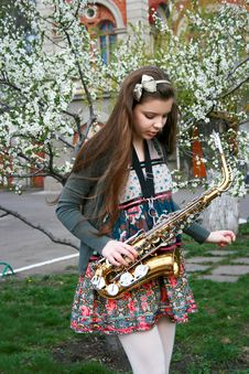 Free Beautiful Girl With Saxophone Stock Image - 14208101