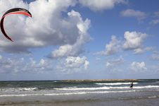 Free Full Sail Kite Surfing On Tel Aviv Beach Royalty Free Stock Photography - 14209687