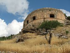 Free Medieval Defence Tower At Spinalonga Island Royalty Free Stock Images - 14211369