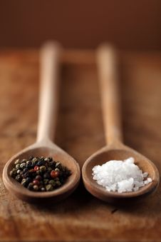 Free Salt And Pepper Royalty Free Stock Photo - 14215595