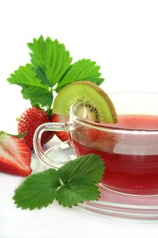 Free Strawberry Kiwi Tea Stock Photography - 14216252