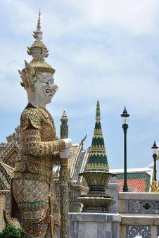 Free Thai Architecture Royalty Free Stock Photo - 14216795