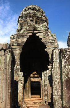 Free View Through Door Entrance To A Statue Of Bayon Stock Photo - 14216890