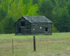 Free Log Homestead Royalty Free Stock Photos - 14217228