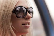 Free Girl Wearing Sunglasses Royalty Free Stock Image - 14218886