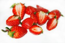 Free Cut Strawberries Stock Photos - 14221183