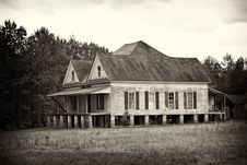 Free Rustic Old Farm House Stock Photo - 14222230