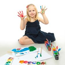 Free Little Girl With Painted Hands Stock Images - 14223234