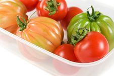 Free Red And Green Tomatoes Royalty Free Stock Images - 14230619