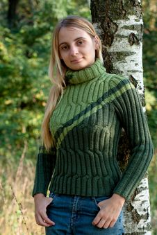 Free Girl In Green Pullover Stock Photos - 14235033