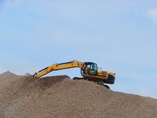 Free Working Digger Royalty Free Stock Photography - 14235327