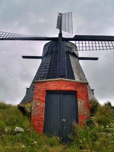 Free An Old Windmill Located In Denmark Royalty Free Stock Photography - 14236617