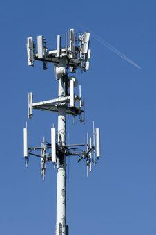 Free Microwave Antenna Royalty Free Stock Photos - 14238218