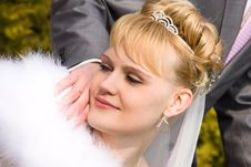 Free Beautiful Bride Is Looking Wedding Ring Royalty Free Stock Image - 14238566