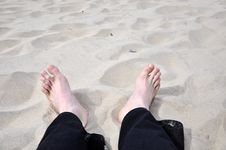 Free Foot On The Beach Royalty Free Stock Photo - 14238865