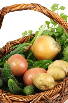Free Fresh Vegetables In Basket Royalty Free Stock Images - 14245789