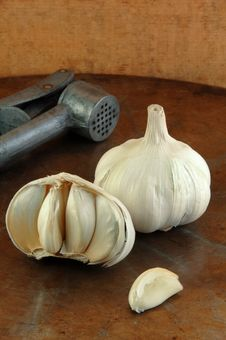 Free Fresh Garlic Stock Photo - 14251420