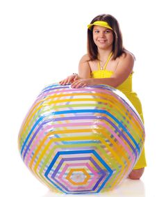 Free Young Beach Ball Beauty Royalty Free Stock Photography - 14255117