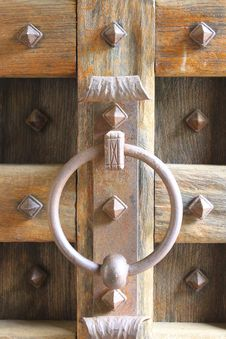 Free Door Knocker Royalty Free Stock Photos - 14256578