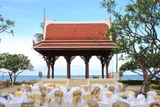 Free Thai Pavilion Royalty Free Stock Image - 14264236
