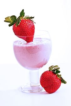 Free Strawberry Smoothie 3 Royalty Free Stock Image - 14264336