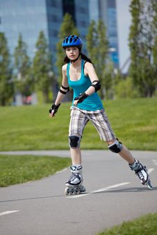 Free Rollerblade Girl II. Stock Photography - 14267342