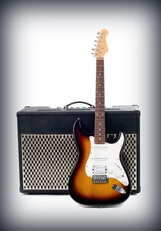 Free Guitar Amplifier And Electricguitar Stock Photography - 14271582