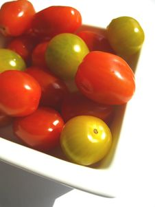 Free Red And Green Tomatoes Royalty Free Stock Photo - 14274955