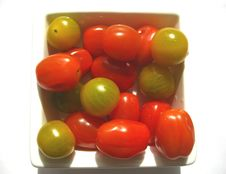 Free Red And Green Tomatoes Stock Photo - 14274960