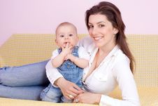Free Mother  With Babygirl Royalty Free Stock Photography - 14276717