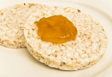 Free Rice Biscuits With Apricot Jam Royalty Free Stock Images - 14277299
