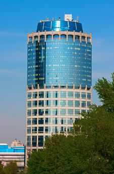 Free Modern Business Tower. Blue Glass And Concrete Stock Images - 14282554