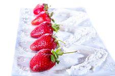Free Strawberry With Cream Stock Image - 14285031