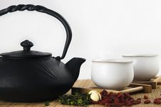 Free Iron Teapot Royalty Free Stock Image - 14286976