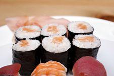 Free Sushi Set Royalty Free Stock Images - 14289329