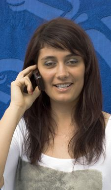 Free Girl Talk Phone Royalty Free Stock Photography - 14292727