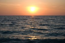 Free Sunset Over The Black Sea Royalty Free Stock Photography - 14292807