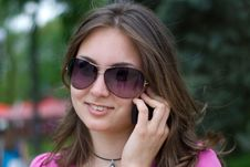Free Teen Girl In Sunglasses Royalty Free Stock Images - 14295579