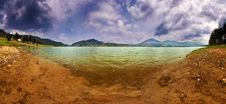 Free Lake Panorama In A Cloudy Day Royalty Free Stock Images - 14295829