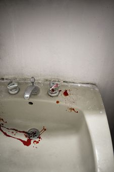 Free Splashes Of Blood In A Sink Royalty Free Stock Photos - 14297108