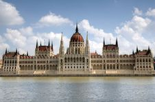 Free Hungarian Parliament Building Stock Photo - 14297880