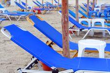 Free Beach Umbrella And Beds Stock Photos - 1430453