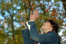 Free Autumn Woman 3 Stock Image - 1434051