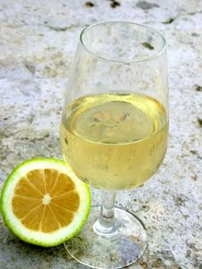 Free Glass Withe Wine Stock Photography - 1436402