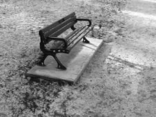 Free Park Bench Stock Image - 1436411